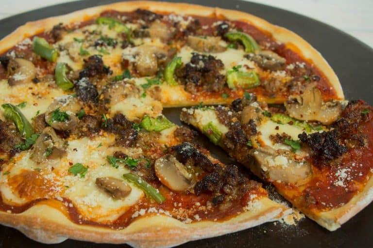 garlic-mushroom-pizza