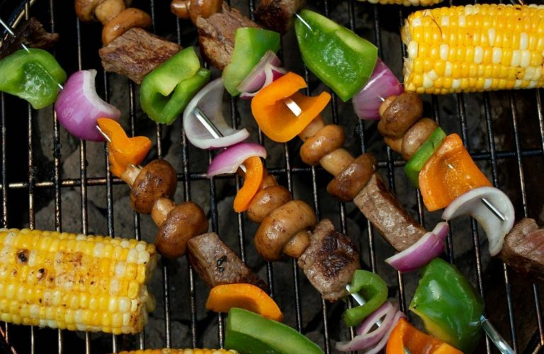 grilled-filet-mignon-skewers